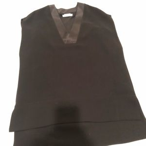 Ladies Vince top